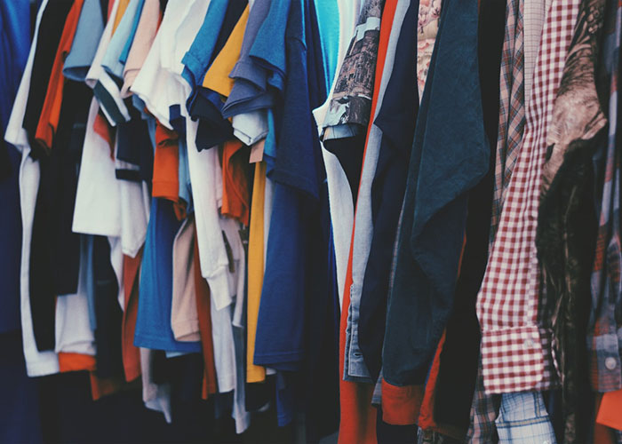 second-hand-clothes-picture
